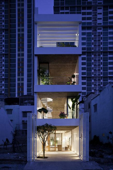 Vietnam a smart design brings natural light and greenery for Interior design in vietnam