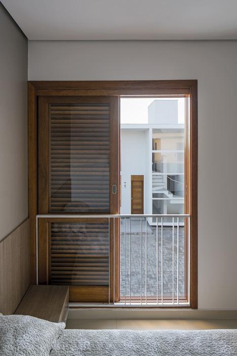 AV Houses by Corsi Hirano Arquitetos
