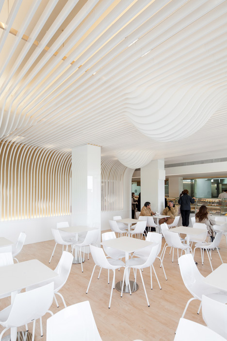 dezeen_Bakery in Porto by Paulo Merlini_4