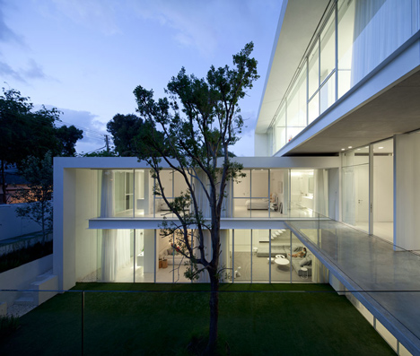 House Between Two Yards by Pitsou Kedem