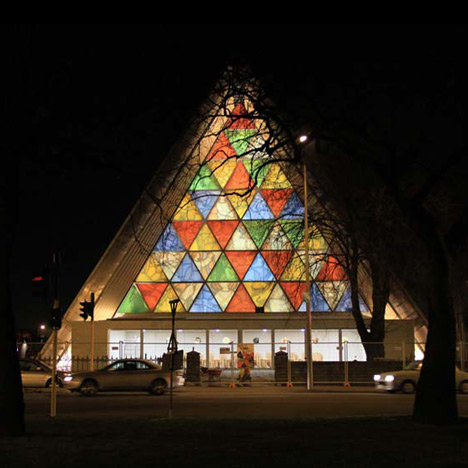 Shigeru Ban completes Cardboard Cathedral<br /> in Christchurch