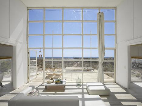 Casa Klotz by Mathias Klotz