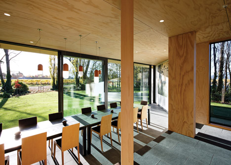 Cloudy Bay Shack by Paul Rolfe Architects and Tonkin Zulaikha Greer Architects