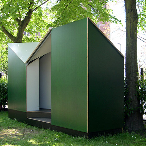Easehouse public toilet by Lagado Architects