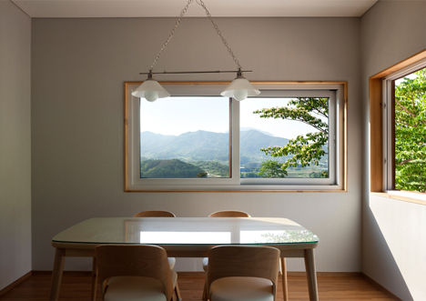 House in Geochang by studio_GAON
