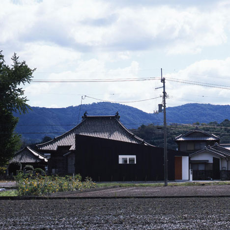 House in Kamoshima by Horibe Associates