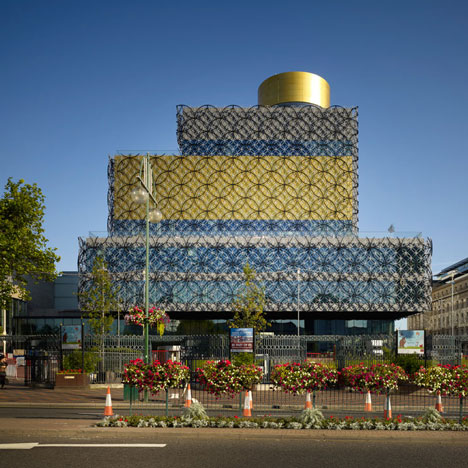 Library of Birmingham integrated with the Repertory Theatre, United Kingdom by Mecanoo