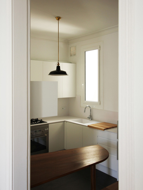 Renovation of an apartment in Barcelona by Laura Bonell Mas
