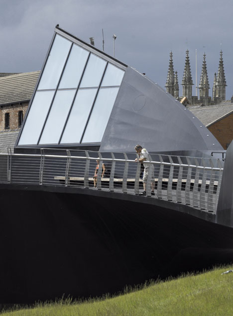 Scale Lane Bridge by McDowell+Benedetti
