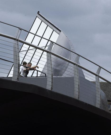 Scale Lane Bridge by McDowell+Benedetti