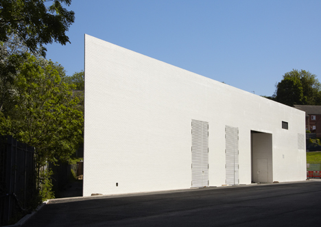 Science Studio and Formaldehyde Building for Damien Hirst by Designscape Architects