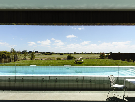 Torquay House by Wolveridge