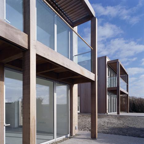 Two Passive Solar Gain Houses in Porthtowan by Simon Conder Associates