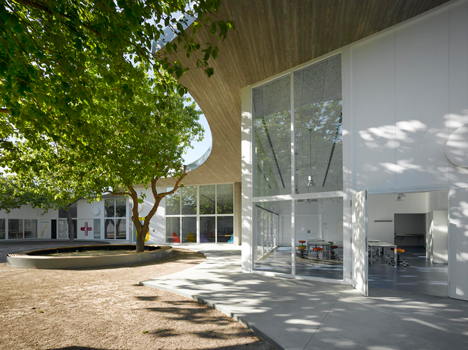 Kid University by Paredes Pedrosa