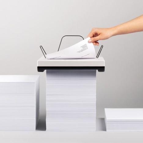 Stack printer by Mugi Yamamoto
