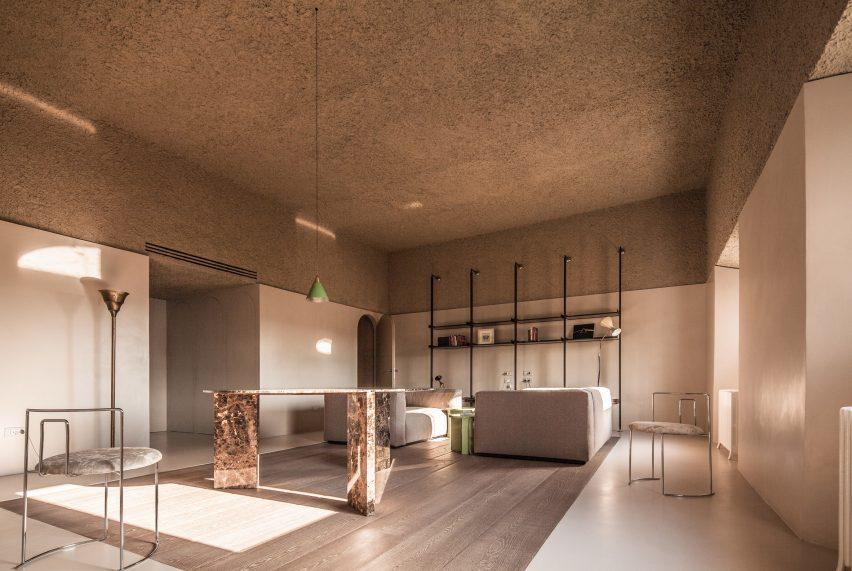 house-of-dust-antonino-cardillo_dezeen_2364_ss_1