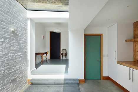 dezeen_Eaton Terrace by Project Orange_3