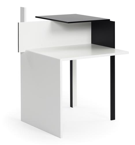 Eileen Gray De-Stijl table
