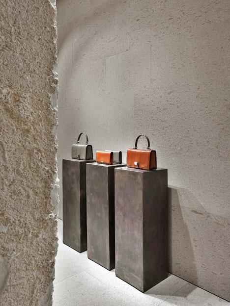 dezeen_Giada Milan flagship store by Claudio Silvestrin_16