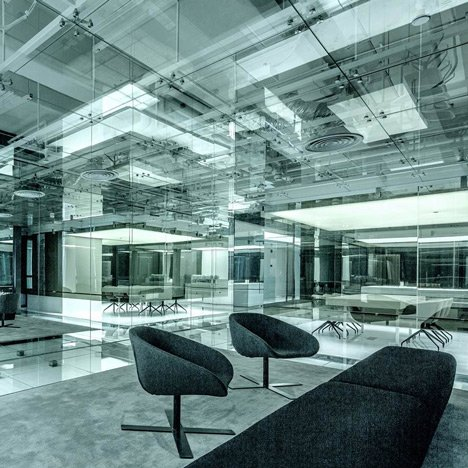dezeen_Glass office by AIM Architecture for SOHO China_1sq