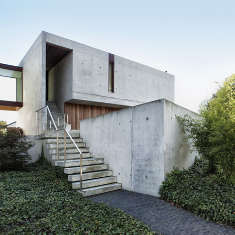 House Wiva by&ltbr /&gt Open Y Office