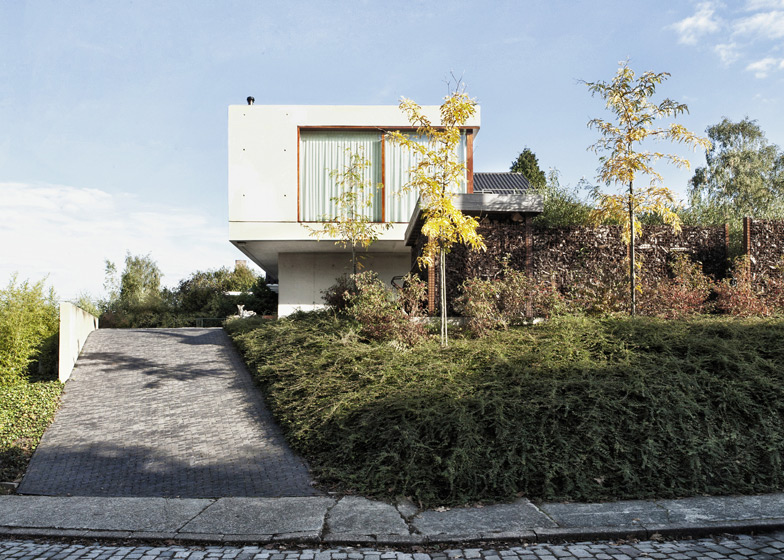 House Wiva by Oyo