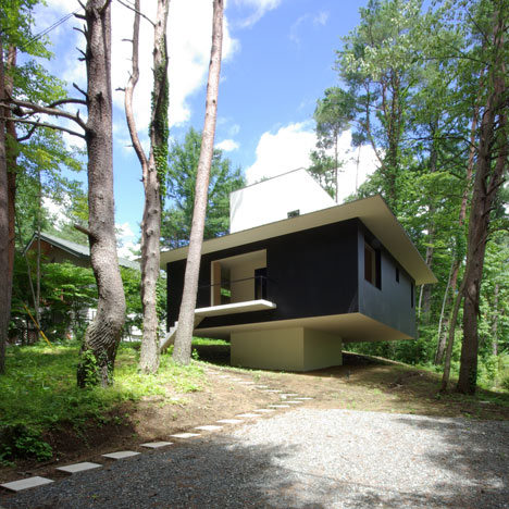House in Fujizakura by Case Design Studio
