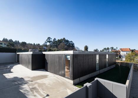 House in Mosteiro by Arquitectos Matos