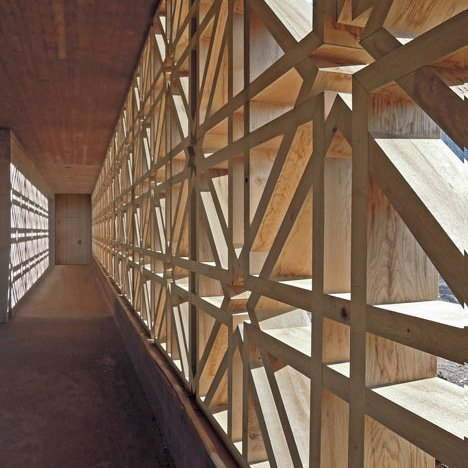 dezeen_Islamic-Cemetery-by-Bernardo-Bader-Architects_7sq