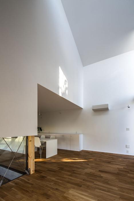 dezeen_Kawate by Keitaro Muto Architects_13