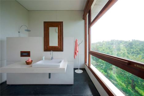 Khopoli House by Spasm Design Architects