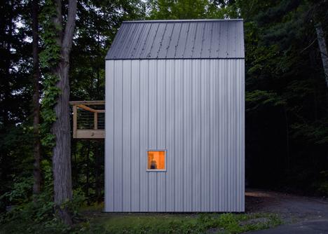 Polygon Studio by Jefferey S. Architect and WORKUS Studio LLC