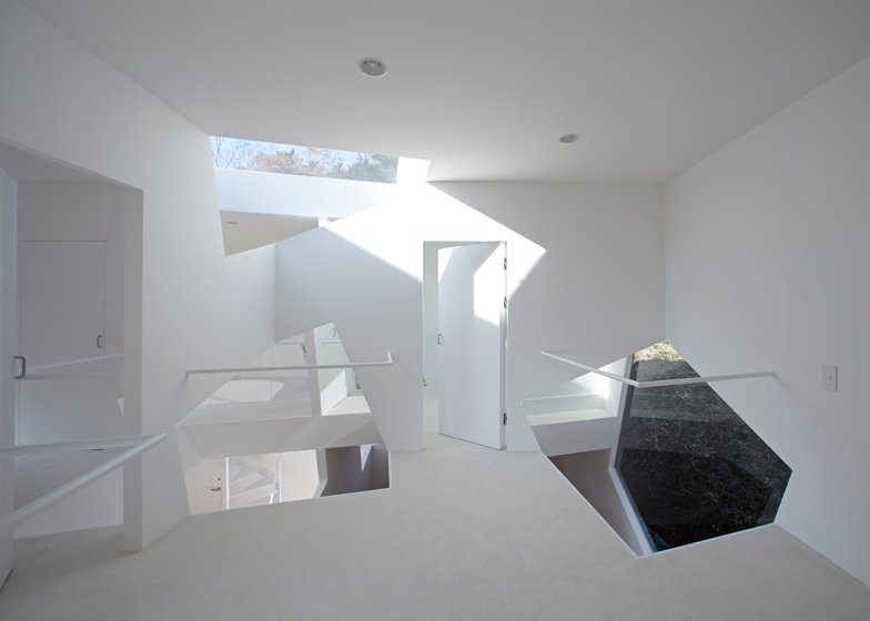 Villa Kanousan of Cubic Voids by Yuusuke Karasawa Architects