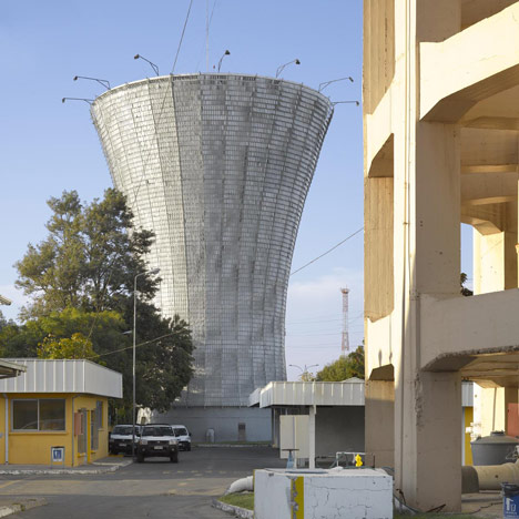 dezeen_Water Tower in Rancagua by Mathias Klotz_1sq