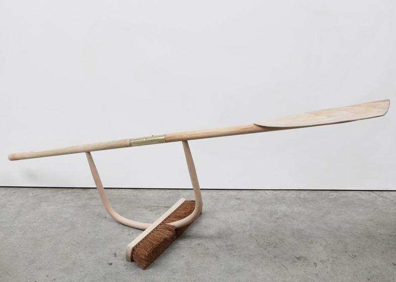 Broom Oar
