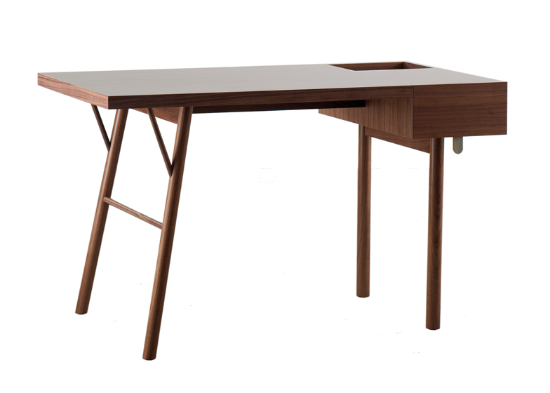 Jot writing desk by Alex Hellum