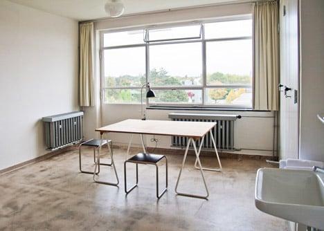 Reconstructed room at Studio Building, Bauhaus Dessau. Photo by Yvonne Tenschert