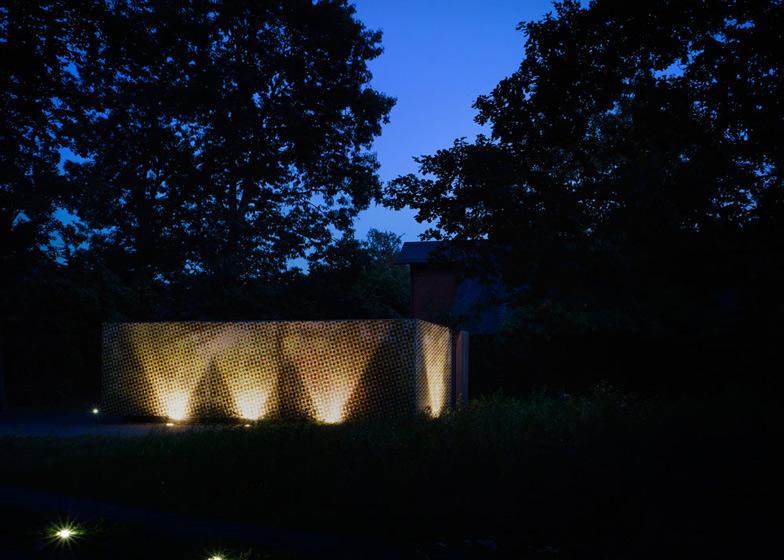 CMYK House by MCKNHM Architects