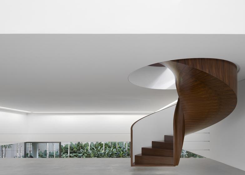 Casa Cubo by Isay Weinfeld
