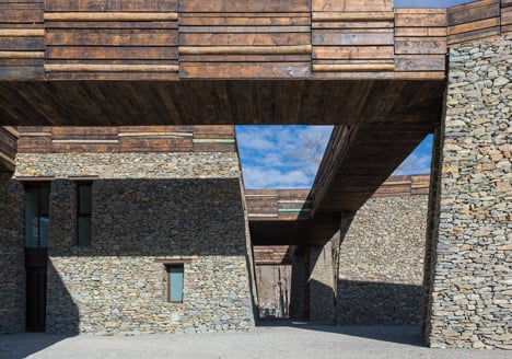 Jianamani Visitor Centre by Atelier TeamMinus