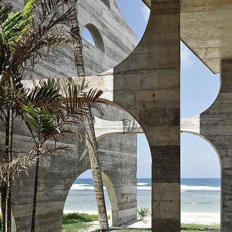 La Plage du Pacifique Hotel by Kristin Green_dezeen_20