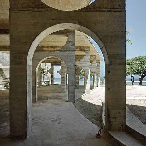 La Plage du Pacifique Hotel by Kristin Green photographed by Peter Bennetts