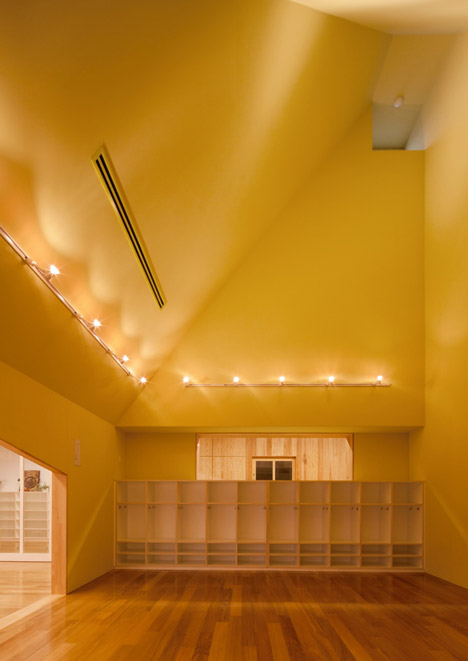 Mukou Leimondo Nursery School by Archivision Hirotani Studio_dezeen_17