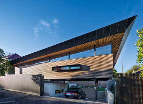 Mullet House by March Studio