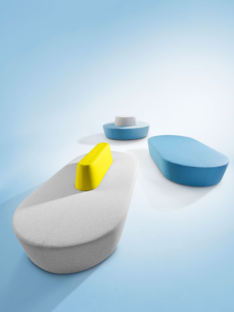 Pill sofa by Derlot_dezeen_1