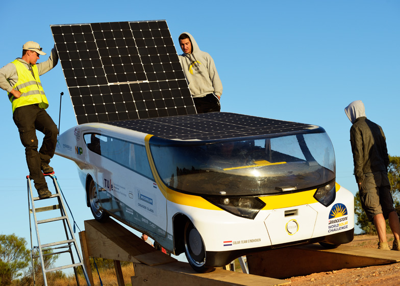 Stella solar-powered family car