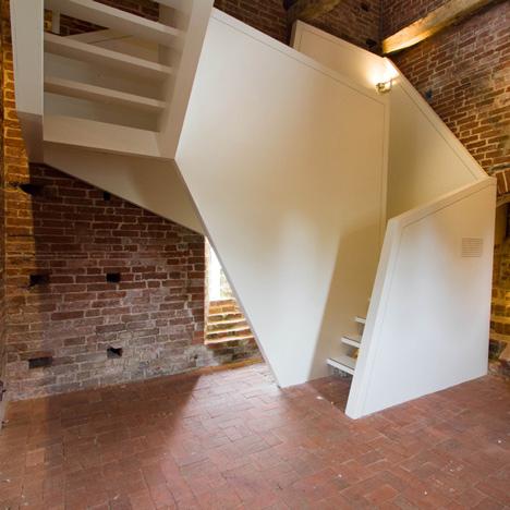 Toren van Uitwierde staircase by Onix