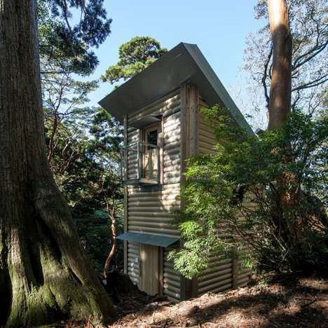 Yakushima Takatsuka Lodge by Shigeru Ban