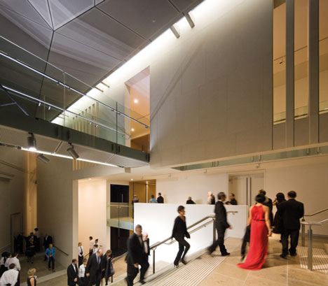 Auckland Art Gallery wins World Building of the Year 2013