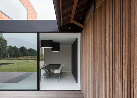 Barn by Pascal Francois Architects
